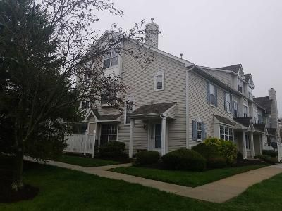 3 Bed 2.5 Bath Preforeclosure Property in Mount Laurel, NJ 08054 - Oliphant Ln
