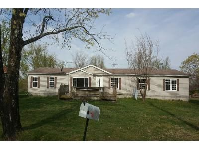 4 Bed 2 Bath Foreclosure Property in Conway, MO 65632 - N 4th St
