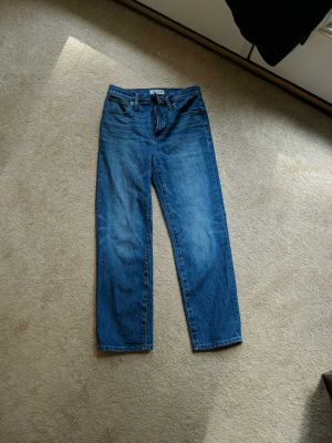 EUC Madewell classic straight jeans in Fawn Wash, size 25