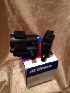 Sell 1 NEW 19207763 GENUINE GM AC DELCO 214-2082 VENT SOLENOID IN GM BOX motorcycle in Ellenton, Florida, United States, for US $79.99