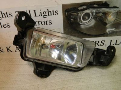 Buy MERCURY MONTEGO 2005-2007 RIGHT/PASSENGER SIDE OEM FOG LIGHT motorcycle in Rockford, Michigan, United States, for US $30.55