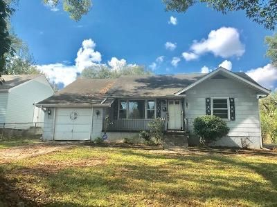 3 Bed 1 Bath Foreclosure Property in Knoxville, TN 37917 - Linden Ave