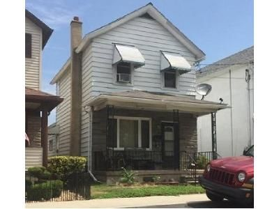 2 Bed 1 Bath Foreclosure Property in Pittston, PA 18643 - Susquehanna Ave