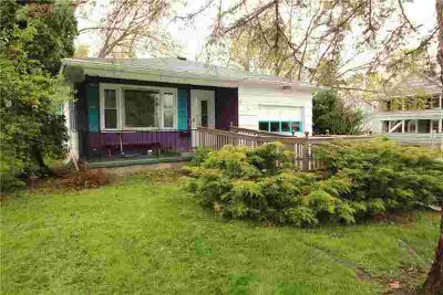 37 Deland Park B Fairport Three BR, Awesome one floor living.