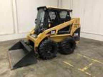 2005 Cat 226B Earth Moving and Construction