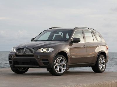 2012 BMW X5 xDrive35d (Alpine White)