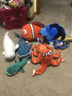 Nemo/dory movie animals all like new some still with tags smoke free home