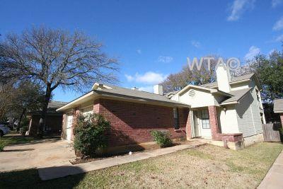 $1245 2 townhouse in Northwest Austin