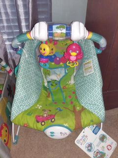 Nwt-Infant bouncer