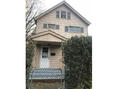 3 Bed 2 Bath Foreclosure Property in Port Jervis, NY 12771 - Culvert St