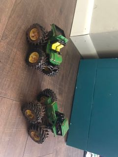 John Deere tractor & gator set with muddy tires
