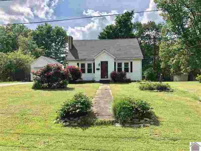 910 Pine St BENTON, Cute Three BR One BA home with a one