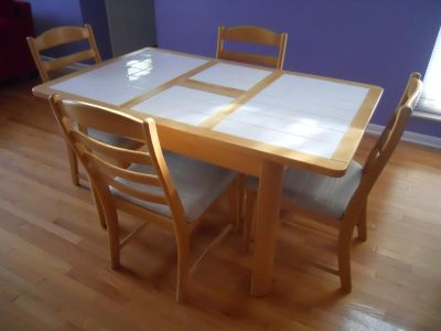 AS IS Informal Tile & blond Wood Kitchen Table w. four chairs