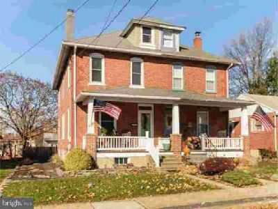 237 W Hamlin Ave Telford Three BR, Welcome home to this charming