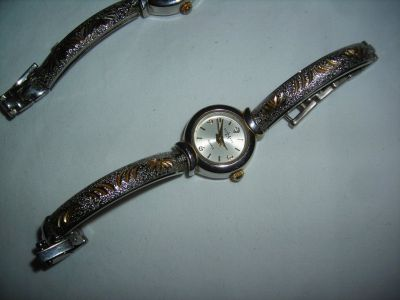 Womens LA EXPRESS Wrist Watches (2)