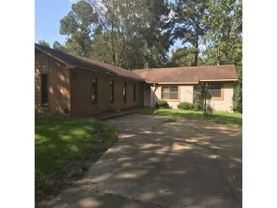 Foreclosure Property in Jackson, MS 39211 - Southbrook Dr