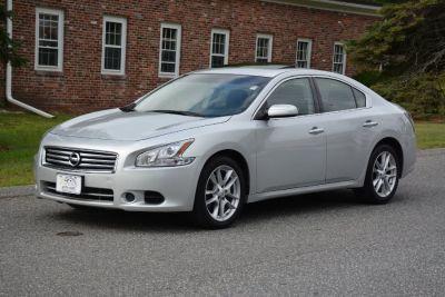 2014 Nissan Maxima 3.5 S (Silver)