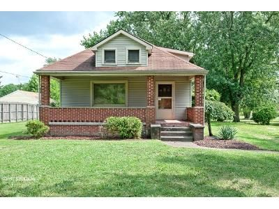 2 Bed 1 Bath Foreclosure Property in Alliance, OH 44601 - Easton St NE