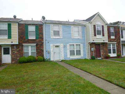 177 Villa Knoll CT SICKLERVILLE Three BR, 2 Story town home in