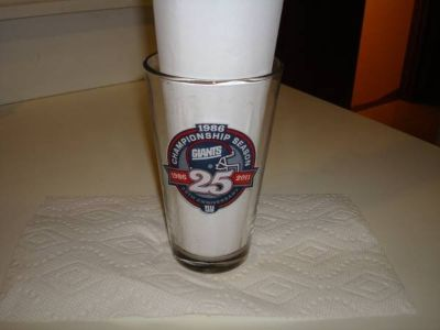 Authentic NFL New York Giants Championship Season Pint Glass Coors!!