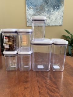 7 OXO pop containers with lids. Airtight and BPA-free. 5 - 1.5 qt 1 - 2.5 qt 1 - 4 qt
