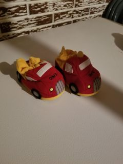 Size 4 toddler slippers