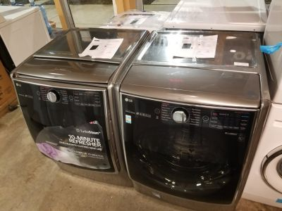 Brand new LG washer and dryer set graphite steel 01 year warranty/ delivery