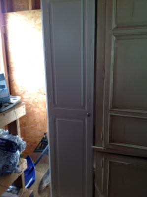 White cabinet can be used in kitchen or office