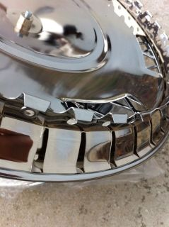 4 METAL CHROMED WHEEL HUBCAPS