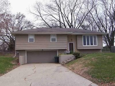 3 Bed 2 Bath Foreclosure Property in Gower, MO 64454 - Matthews Ln