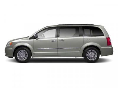 2013 Chrysler Town & Country Touring-L (Billet Silver Metallic)