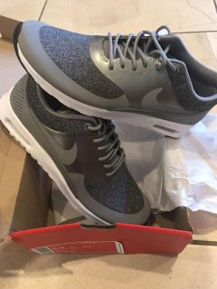 Women's air max brand new 8.5 size