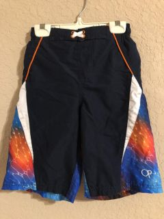 Boys Cool Swimsuit With Liner. Very Like New Condition. Size Medium