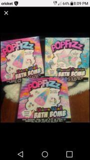 Unicorn or Mermaid bath bomb kit