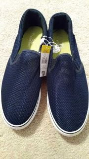 Mens size 8 shoes NWT