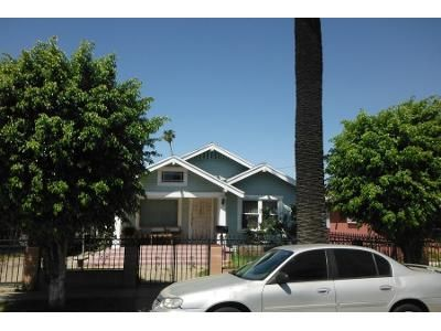 2 Bed 1 Bath Preforeclosure Property in Long Beach, CA 90813 - Lemon Ave