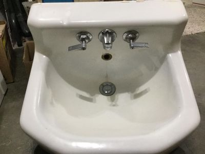 Vintage Porcelain Sink with Faucet Assembly