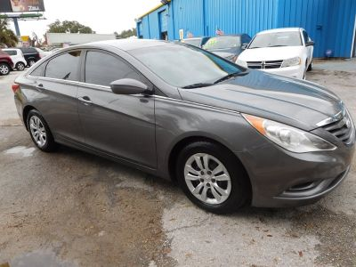 2013 Hyundai Sonata GLS (Gray)
