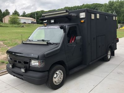 1998 ford e350 swat vehicle
