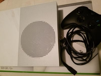 Xbox one with controller and power cord