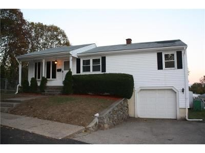 3 Bed 2 Bath Foreclosure Property in North Providence, RI 02911 - Avon St