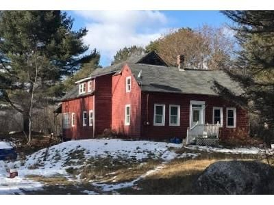 4 Bed 2 Bath Foreclosure Property in Clinton, ME 04927 - Mutton Ln