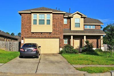 166 Meadow Grove Drive Conroe Texas 77384