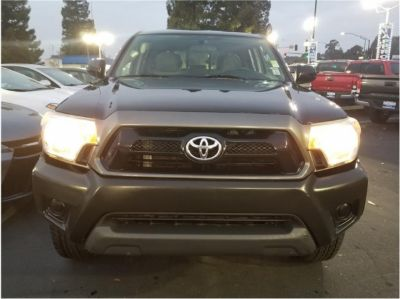 2014 Toyota Tacoma-Double-Cab PreRunner Pickup 4D 5 ft