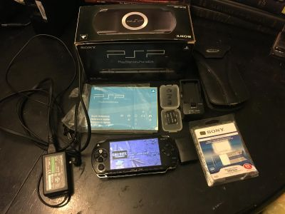 Sony PSP 1001 System w/ Charger & Memory Cards All Accessories