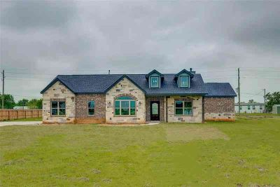 10414 Trey Road Needville Three BR, Brand new! This amazing