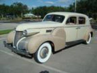 1939 Cadillac Fleetwood Series 75 Town Sedan
