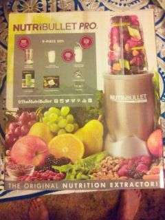 BRAND NEW NUTRIBULLET PRO 900 SERIES
