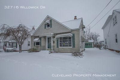 Updated Willowick Bungalow