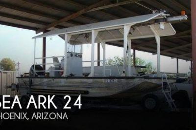 2000 SeaArk 24